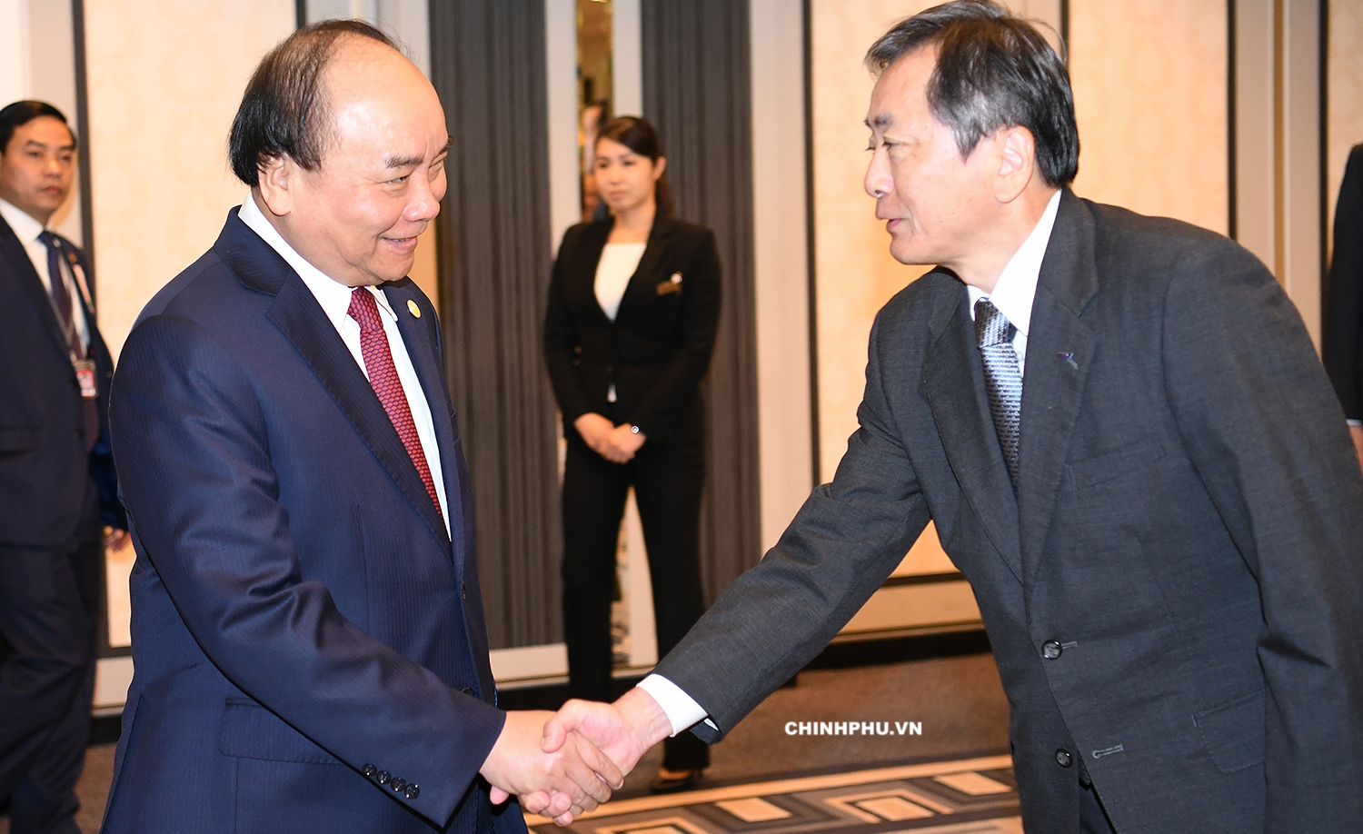 Prime Minister pledges to improve business climate for Japanese investors